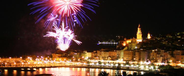 feu-artifice-menton-15-aout-festivites-bal