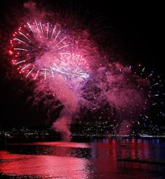 festival-pyromelodique-antibes-feux-artifices-2021