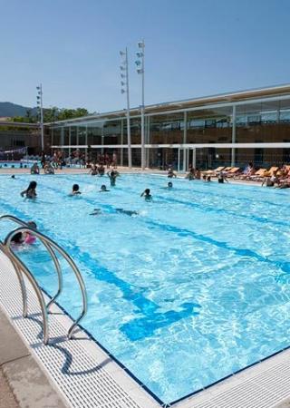 centre-aquatique-grand-bleu-piscine-cannes-bocca