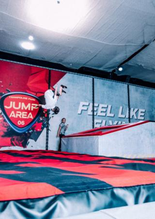 jump-area-06-cannes-trampoline-parc-loisirs-famille